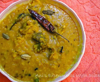 Maacher Matha Diye Bhaja Moong Daal (Yellow Lentils With Rohu/Katla Fish Head)