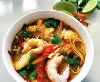 Tom Yum suppe med kreps og torsk