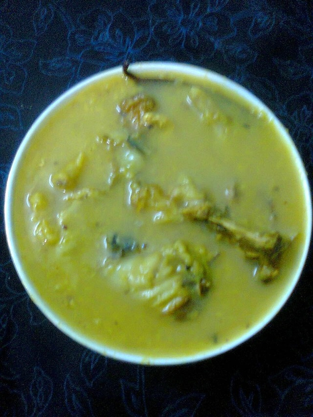 Golden Lentils (Moong Dal) With Fish Head / Bengali Recipe -  Moong Daler Murighanto.
