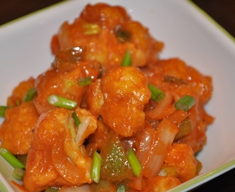 Gobhi Manchurian - Cauliflower in Tangy and Spicy Sauce