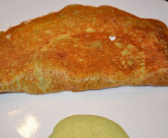 Pesarattu - Moong Bean Dosa (Crepes)