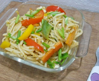 Hakka Egg -Vegetable Noodles