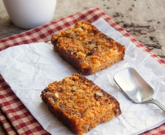 Eggless Carrot and Walnut Cake