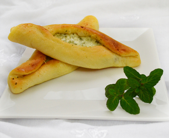 "Cheese pastry ""fatayer jebneh"""