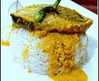 Hilsha In Poppy Seeds Paste & Mustard Paste...!! Sorshe Posto Ilish...!!!