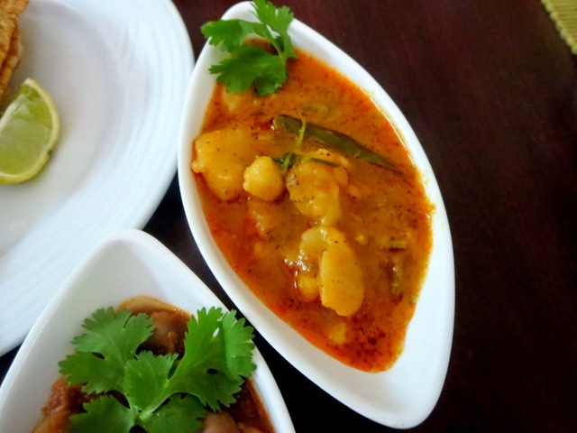 Aloo Sabzi | How to make Aloo Sabzi for Poori