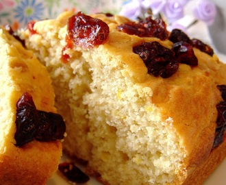 Cake au citron, mascarpone & cranberries