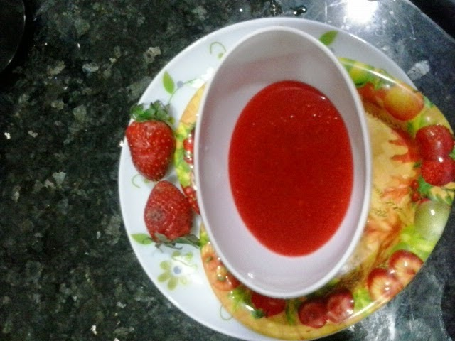 Strawberry sauce home made recipe|How to make strawberry syrup-topping