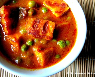 """Cheese""-y tricks ~ Marinated & grilled Matar Paneer"