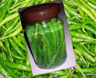 Green chillies preserved in Vinegar