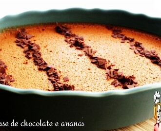 Mousse de chocolate e ananás ♥♥♥