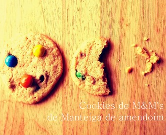 Cookies de M&M's de Manteiga de Amendoim / Penut butter M&M's Cookies