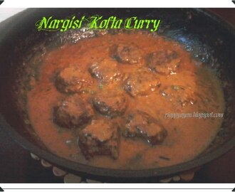Nargisi kofta curry