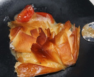 Folhado fino de brie e tomate cherry | Fine puff with brie and cherry tomato