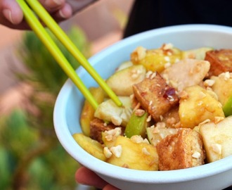 Southeast Asian Spicy, Tangy & Sweet Rojak Salad
