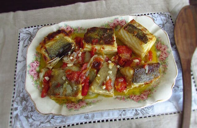 Bacalhau simples no forno | Food From Portugal