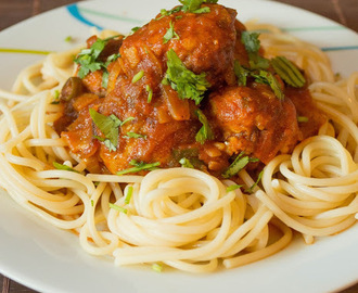 Chicken meat balls with Spaghetti(Asian style)