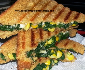 CHEESY SPINACH & CORN SANDWICH