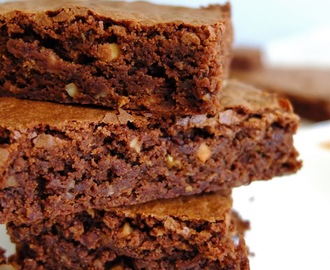 Brownies com avelãs | Fudge brownies with hazelnuts