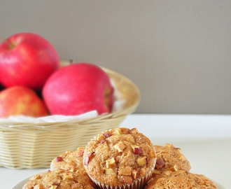 Eggless Apple Cinnamon Whole Wheat Muffins