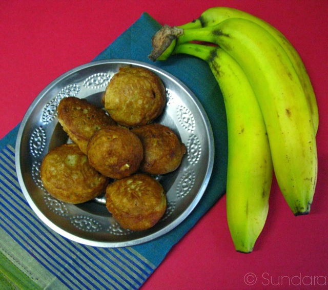 Kuzhi Paniyaram with Banana