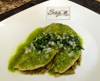 Quesadillas de nopal con pollo