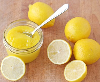 Homemade Lemon Curd {Recipe}