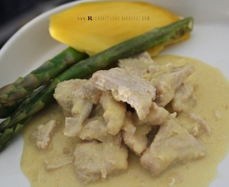 Bifinhos de perú com manga e espargos | Turkey breast with mango and asparagus