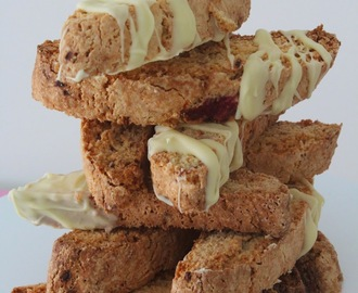 Biscotti de framboesas e limão | Raspberries and Lemon Biscotti