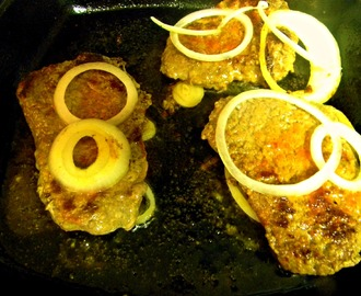 Bistec Con Cebollas (Cubed Steak with Onions)