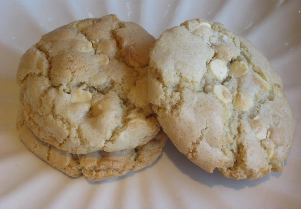Thick and Chewy Macadamia and White Chocolate Chip Cookies