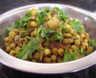 Moong ki Sabji - Spicy Sprouted Green Daal