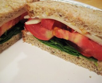 Tomato Sandwiches with Kale and Chicory Chips