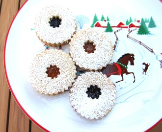 Linzer Cookies...and White Christmas Recipe Challenge