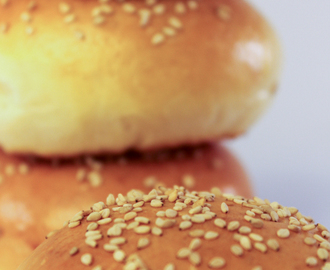 Slider Buns: Miniature Burger's Perfect Companion