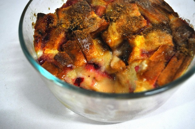 Easy bread pudding with jam