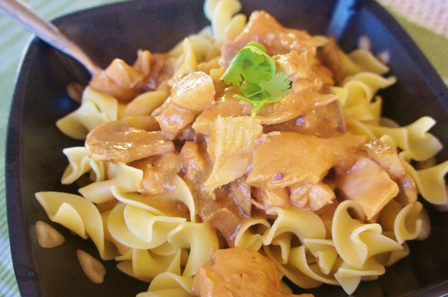 Chicken Stroganoff with a Seasoned Slow Cooker Liner