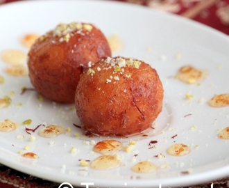 Gulab jamun (Indian sweet with milk powder)