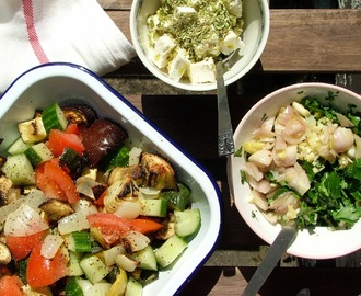 salada de legumes assados e quejo feta // grilled vegetables and feta cheese salad