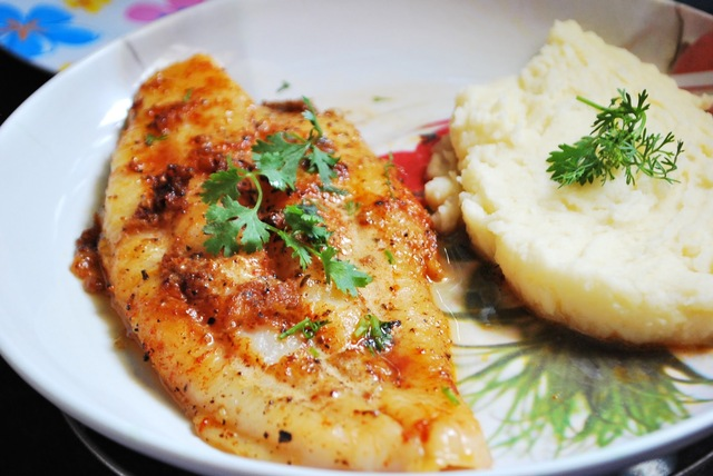 Pan seared Basa Fish Fillet with creamy Potato mash!!!