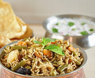 Vegetable Biriyani In Pressure Cooker