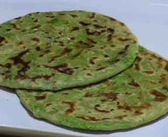 Green Peas (Mutter) Stuffed Paratha