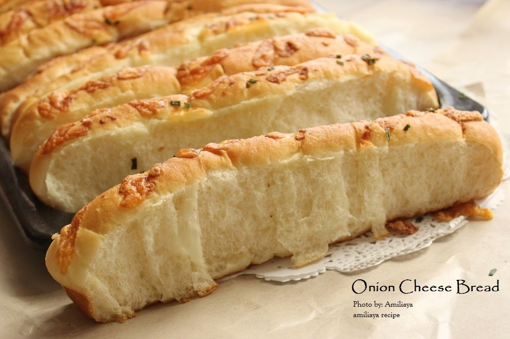Onion Cheese Bread 香葱芝士面包