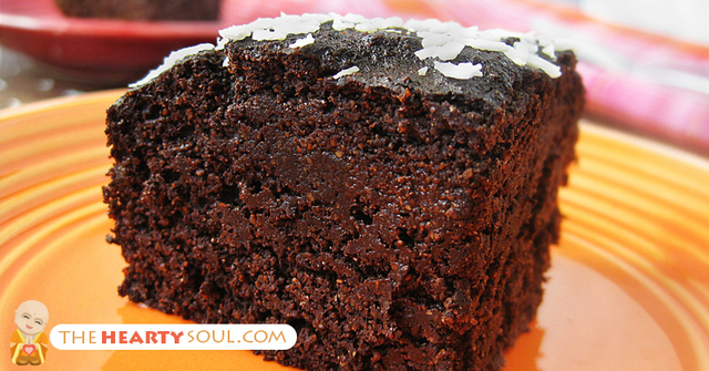 Gluten-Free Quinoa Chocolate Cake Recipe With the Best Natural Sweetener You've EVER Tried