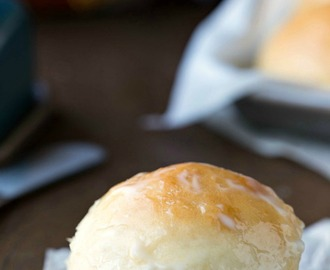 Easy Soft Dinner Roll Recipe