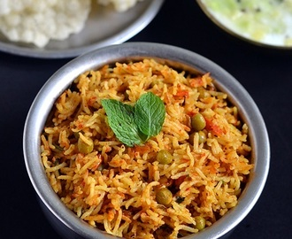 Tomato Biryani Recipe/Thakkali Biryani-Sunday Lunch Recipes Series-13