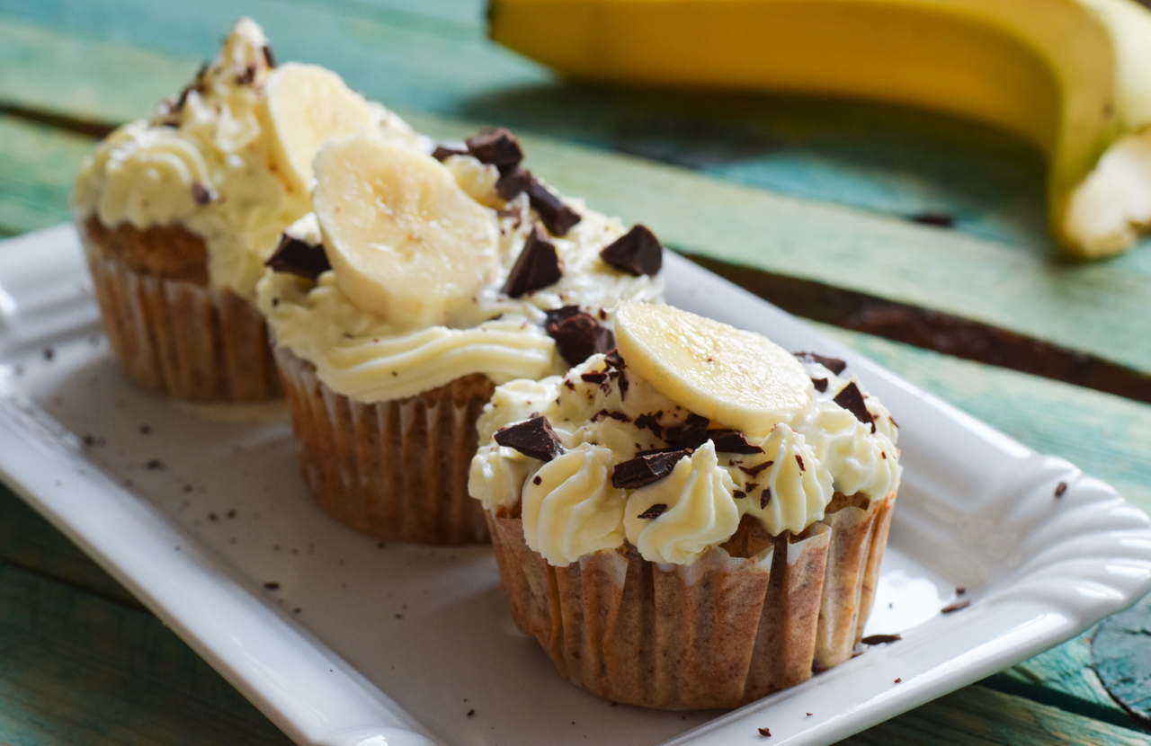 Saftige Low Carb Banana Chocolate Cupcakes