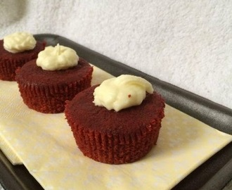 Red Velvet Cake using Beetroot ~ Guest Post