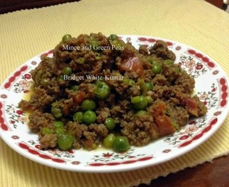 MINCE CURRY WITH GREEN PEAS
