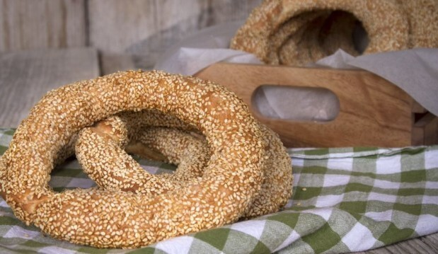 Κουλούρια Θεσσαλονίκης – Crunchy Sesame Bagels, by Akis and akispetretzikis.com!